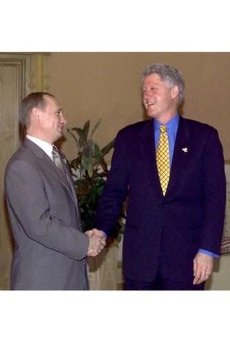 President Bill Clinton and President Putin in Brunei, November 15, 2000